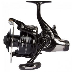 Daiwa – Black Widow Baitrunner